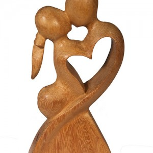 Hand Carved Figure lovers/heart from light wood